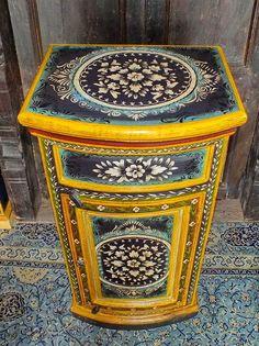 Meuble indien peint fond-foncé-floral JN4-SA29, Meuble indien