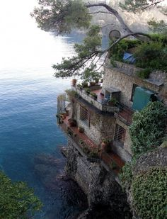 a house on the water...love it!
