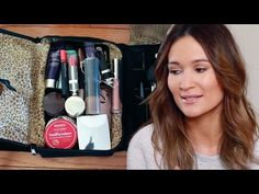 What's in my travel makeup bag? (too much makeup) / ttsandra - YouTube