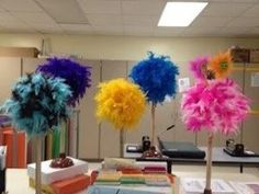 plunger, Styrofoam ball, feather boa = trufulla tree. From the Teaching Blog Addict + more Dr. Seuss activities by hattie...these would make cute centerpieces by hattie
