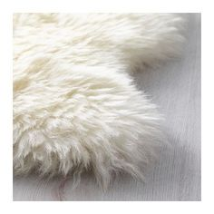 How to Clean Sheepskin Rug Ikea. How to Clean Sheepskin Rug Ikea. How to Clean A Sheepskin Rug Tapis Design, White Carpet, Carpet Styles, Bedroom Carpet, My New Room, Carpet Runner, Home Buying, Shag Rug, Small Kitchens