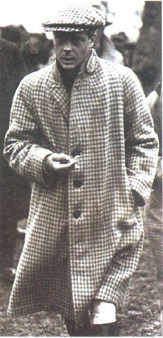 Prince of Wales aka Duke of Windsor regally capped. Dandy, Gentleman Hat, Gentleman Style, Edward Windsor, Stylish Men, Men Casual, Wallis Simpson, Edward Viii, Queen Elizabeth