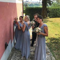 #ifabbrici #barachignon #damigelle Bridesmaid Dresses, Wedding Dresses, Fashion, Ruffles Bridesmaid Dresses, Bride Dresses, Moda, Bridesmaid A Line Dresses, Bridal Wedding Dresses, Fashion Styles