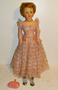 "Vintage Deluxe Reading 'Grocery Store' Doll - 30"" Sweet Rosemary:  Mom has this doll."