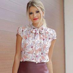 "222 Likes, 4 Comments - Sibelle Modas (@sibellemodas) on Instagram: ""Linda @maridalla com a blusa crepe print laço R$129,90 Tam P(38) M(40) G(42) ▶️Site para compras…"""