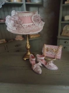set: Victorian hat, purse and shoes Barbie Gowns, Barbie Dress, Victorian Crafts, Rose Gold Theme, Hat Crafts, Diy Hat, Fancy Hats, Barbie Accessories, Silk Roses