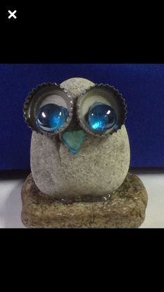 ✓ Best Painted Rocks Ideas, Weapon to Wreck Your Boring Time [Images] - Painted rock owl - Pebble Painting, Pebble Art, Stone Painting, Diy Painting, Stone Crafts, Rock Crafts, Arts And Crafts, Owl Rocks, Rock And Pebbles