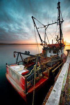 Fishing, Minganie,(northern) Quebec,Canada. Photo: Luc Rosseau