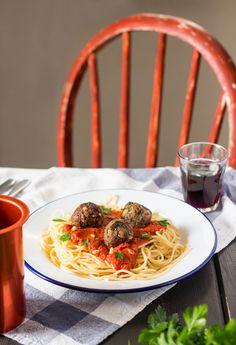 vegan meatballs with spaghetti #vegan #gf