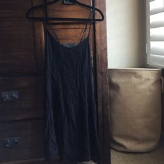 Cut Out Back Dress Perfect for summer, brand new condition Forever 21 Dresses Mini