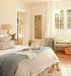 Pretty Bedroom, Dream Bedroom, Home Bedroom, Bedroom Decor, Home Interior, Interior Design, Sweet Home Alabama, Elegant Homes, Beautiful Bedrooms