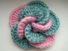 35. crochet flower free pattern beginner