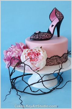 High Heel Shoe Cake Topper and Sugar Diamond Brooch class