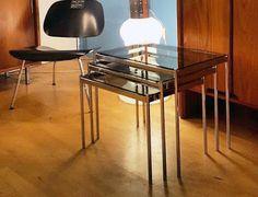 Tables-gigognes en acier chromé et verre fumé, c. 1970 Vevey, Vintage Design, Furniture, Home Decor, Nesting Tables, Steel, Decoration Home, Room Decor, Home Furnishings