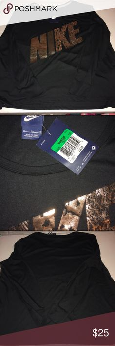 Nike Long Sleeve T-Shirt NWT Nike Long Sleeve T-Shirt NWT Nike Tops Tees - Long Sleeve