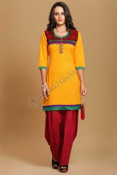 tuniques indiennes Design No. 4009 Prix- 17,60 € Coton doux imprime kurti avec resham embroidery.  @http://www.andaazfashion.fr/womens/kurti-tunic/indian-tunics.html