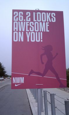looks awesome on you, (Nike Woman's Marathon sign) dream race. Running Signs, Running Posters, Keep Running, Running Quotes, Run Like A Girl, Love Run, Just Run, Marathon Motivation, Running Motivation