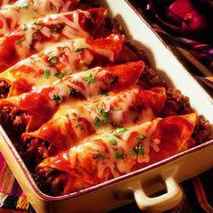 enchiladas de  carne molida en chile guajillo