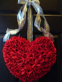 Felt Heart Wreath: Directions on site