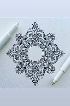 Mandala tattoos have been popular around the world for many years, and now its trend is getting higher and higher. mandala comes from Hinduism and Buddhism, and many people choose it as a tattoo design because it looks delicate and beautiful. Mandala Tattoo Design, Dotwork Tattoo Mandala, Henna Tattoo Designs, Mehndi Designs, Henna Mandala, Mandala Doodle, Lotus Mandala, Mandala Tattoo Back, Mandala Sketch