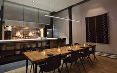 5 Casual Chef's Tables in Chicago - InsideHook Marinated Olives, Strip Steak, Chicago Travel, Tasting Menu, Kitchen Tops, Executive Chef, Newport, Tables, Restaurant