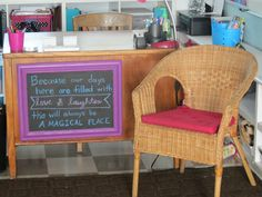 Love the idea of having a chalkboard frame on the teacher's desk to leave encouraging messages for students!