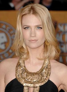 January Jones blonde shoulder length hairstyle