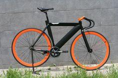 -40mm-es+peremmel-iparicsapágyas+agyakkal-eloxált+alkatrészekkel-530-as+vázmérettel-9,7kgBármilyen+alkatrés+színe+variálható!Ez+a+kerékpár+egy+sport+eszköz,+velodrom+pályára+ajánlott!...