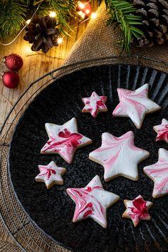 Entdeckt unsere besten Keks-Rezepte (Backen, Weihnachten, Rezept, Kekse, Weihnachtskekse, Kipferl, Lebkuchen, Glasur, Deko)