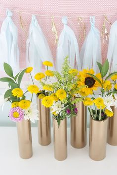 Modern flower vases made from PVC pipes & gold spray paint | Dream Green DIY