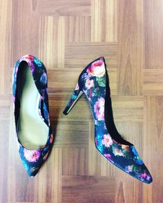#Asos #Floral #Pumps | Size 9 | $15! Call for more info (781)449-2500. #FreeShipping #ShopConsignment  #ClosetExchangeNeedham #ShopLocal #DesignerDeals #Resale #Luxury #Thrift #Fashionista
