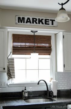 Super EASY and INEXPENSIVE vintage inspired Market Sign - Little House of Four