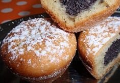 Makové (ořechové) muffiny Sweet Cooking, Doughnut, Hamburger, Food And Drink, Low Carb, Bread, Fruit, Breakfast, Poppy