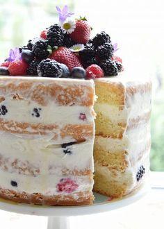 Naked cake limoncello e frutti di bosco ( ricetta ciambellone all'acqua )
