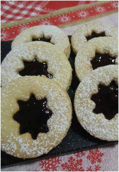 Biscotti Linzer con mandorle e marmellata ! #biscotti #linzer #mandorle #marmellata #ricettegustose
