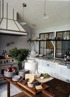 using the space under the window - Habitually Chic®: Everything and the Kitchen Sink