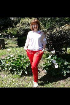 #stefanelvigevano #stefanel #moda #look #donna #girl #foto #photo #instagram #instagood #instalook #vigevano #lomellina #piazzaducale #stile #trendy #shopping #negozio #shop #colore #sun #summer #spring #giardino #primavera #abbigliamento #bianco #white #rosso #red #pantalone #maglia