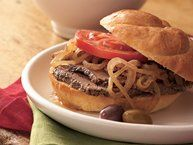 Slow-Cooker Hot Beef Sandwiches Au Jus recipe from Betty Crocker