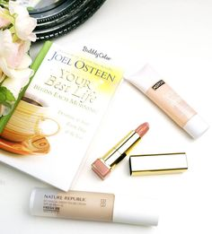 """Today's essentials ❤ ✨@maxfactor color collections #lipstick ✨@naturerepublic_kr botanical green tea #bbcream ✨@astorcosmetics skin protect #primer…"""