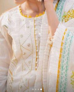 Neck Designs For Suits, Neckline Designs, Sleeves Designs For Dresses, Dress Neck Designs, Simple Kurta Designs, Kurta Designs Women, Kurti Sleeves Design, Kurta Neck Design, Beautiful Dress Designs