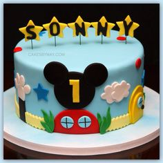 Mickey Mouse cake, would be perfect caidan's birthday party Gateau Theme Mickey, Mickey Mouse Torte, Bolo Mickey E Minnie, Mickey Mouse Birthday Cake, Mickey Mouse Clubhouse Birthday Party, Cute Birthday Cakes, Mickey Cakes, Mickey Mouse Parties, Birthday Ideas
