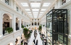 Joining the legacy of fashion capitals such as New York, Paris and Milan, Melbourne is now home to Swedish fashion retailer H & M. Swedish Fashion, H&m Home, Melbourne, Commercial, Retail, Range, Australia, Concept, Architecture