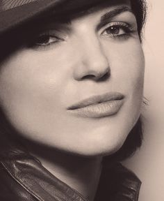 Lana Parilla (her lips are similar with keira knightley! IM IN LOVE LANA OMG)