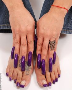 Wow love these stiletto acrylic nails! Long Square Acrylic Nails, Long Square Nails, Best Acrylic Nails, Acrylic Nail Designs, Wow Nails, Pretty Toe Nails, Sexy Nails, Trendy Nails, Long Red Nails