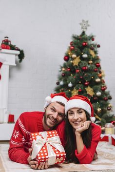 Christmas gifts for couples christmas gifts for couples, family christmas p Christmas Gifts For Couples, Family Christmas Pictures, Christmas Couple, Christmas Pajamas, Christmas Photo Cards, Merry Christmas, Hygge Christmas, Diy Christmas, Christmas Decorations