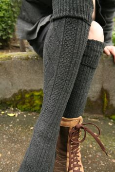 Socks by Sock Dreams » Socks Special Collections » Cable Knit » Diamond Rib Knee Highs
