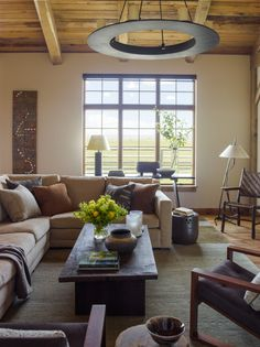 Diamond O Albers Ranch: living room by Kylee Shintaffer Living Room Furniture Layout, Living Room Colors, Interior Design Living Room, Living Room Designs, Interior Decorating, Living Rooms, Decorating Ideas, Elsie De Wolfe, Palm Beach