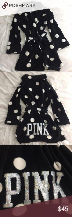 Victoria's Secret Pink Robe With Sequins Size M/L Victoria's Secret Pink robe with sequins on the back. Fuzzy and soft! Size M/L PINK Victoria's Secret Intimates & Sleepwear Robes