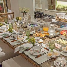 """""""Bom dia ☕️ Manhã especial, café da manhã especial para @santteestilo #goodmorning"""""""