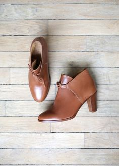 The 62 Beste Quirky scarpe images on Pinterest     Stivali, Quirky scarpe   b12dc1
